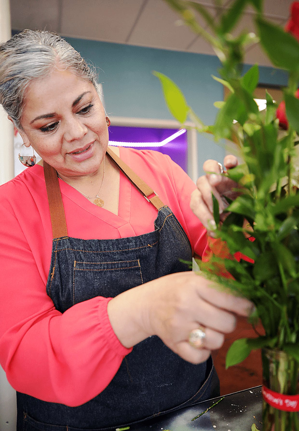Fridas Studio Florist owner Edda Delacruz is gearing up for Valentine's Day in her new Fry Boulevard location.