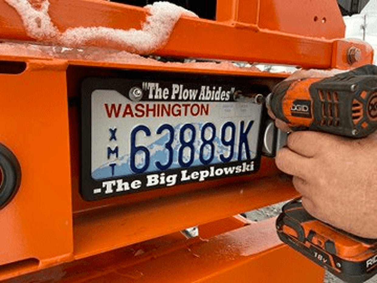 WSDOT Twitter feed: Do you want to name a snowplow?