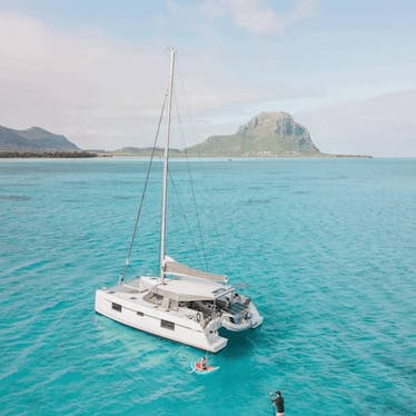 Liveonboard Experiences in Mauritius