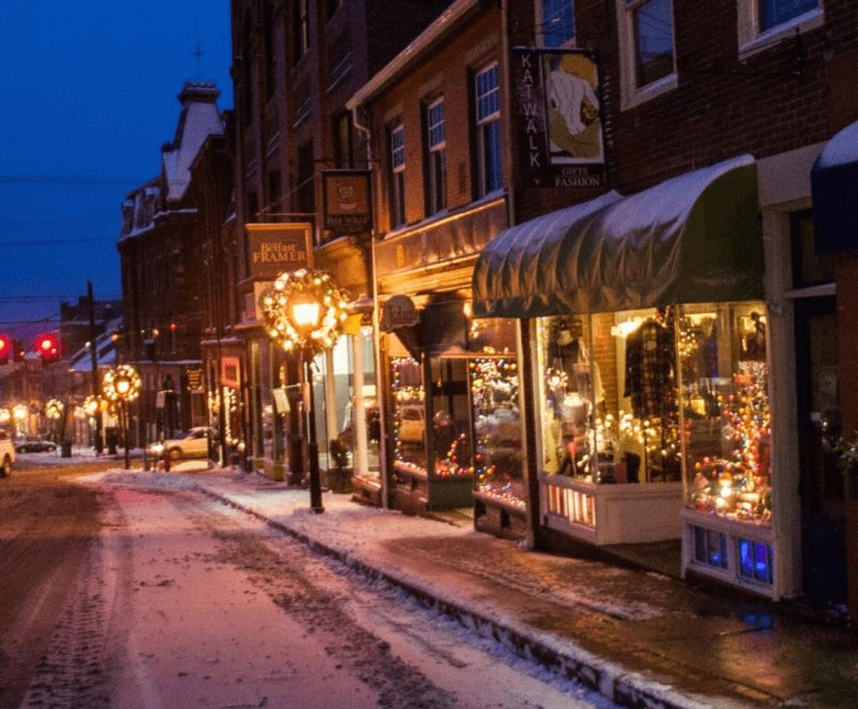 """I'd like more examples of rural towns with walkable urban form in USA. Are they old """"railroad"""" towns, mostly pre-industrial/pre-auto towns; mostly mining, fishing and agrarian communities? Are some left that are not upscale tourist resorts."""