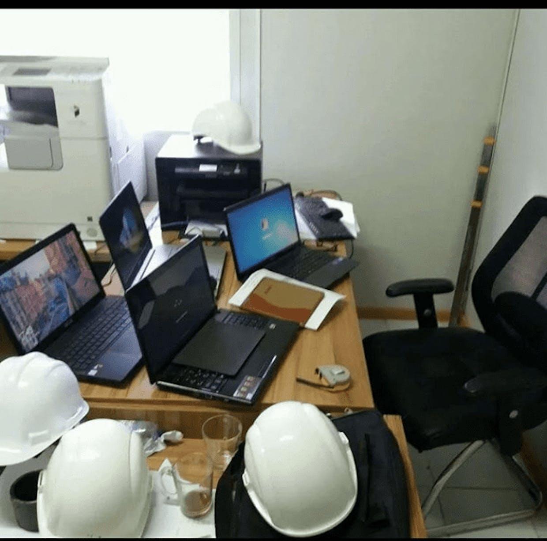 otkan yili arxetektor yordamchisi bolib ishlagan paytimdagi rasm meni kompyuterim chekada turibdi #oshal_damlar